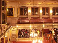 Sheldonian Theatre inside.jpg